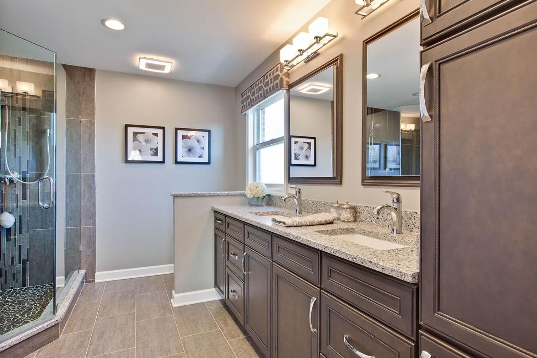 Julie-A-Green-Oaks-Bathroom-after-1