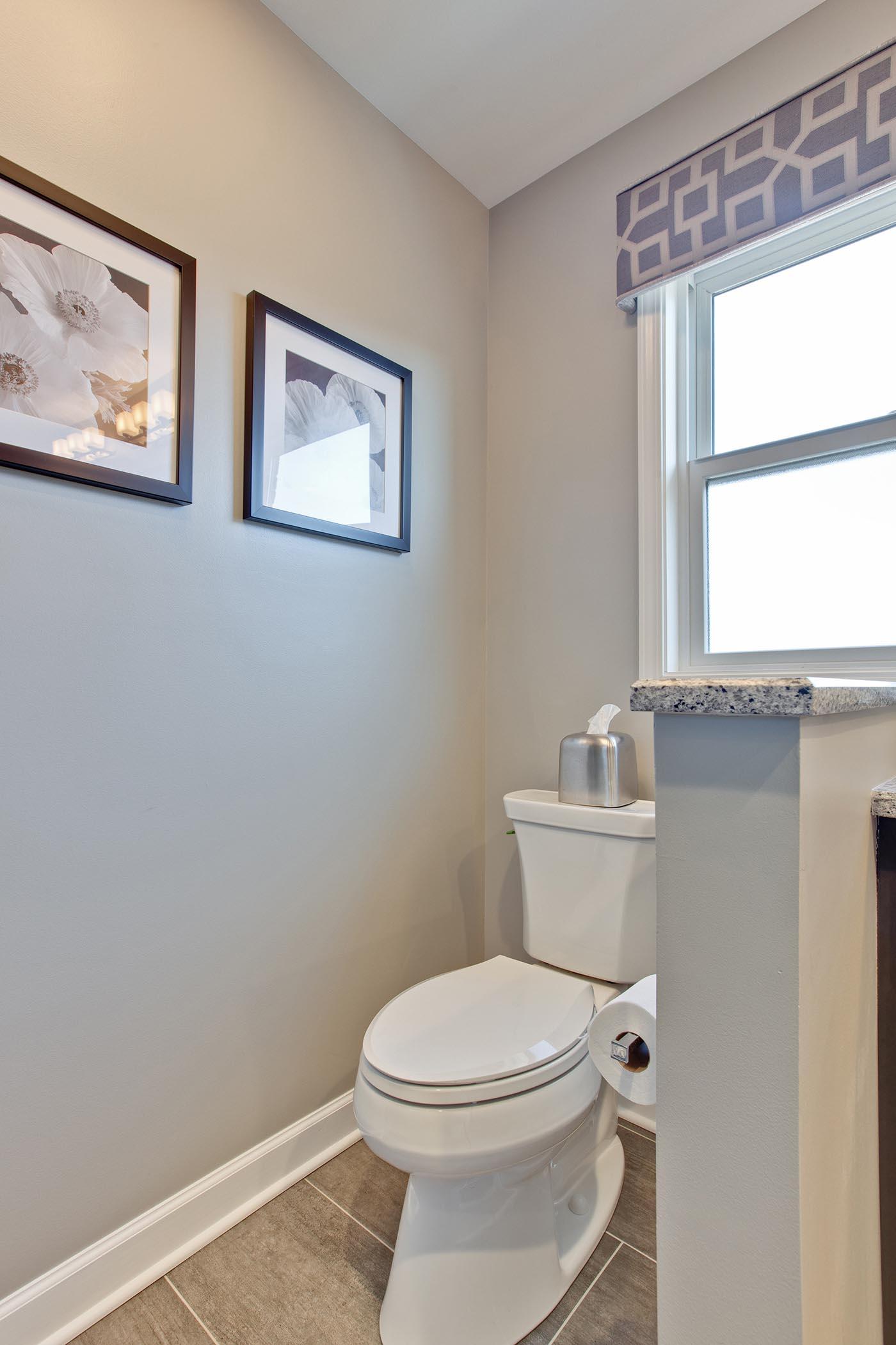 Julie-A-Green-Oaks-Bathroom-after-5