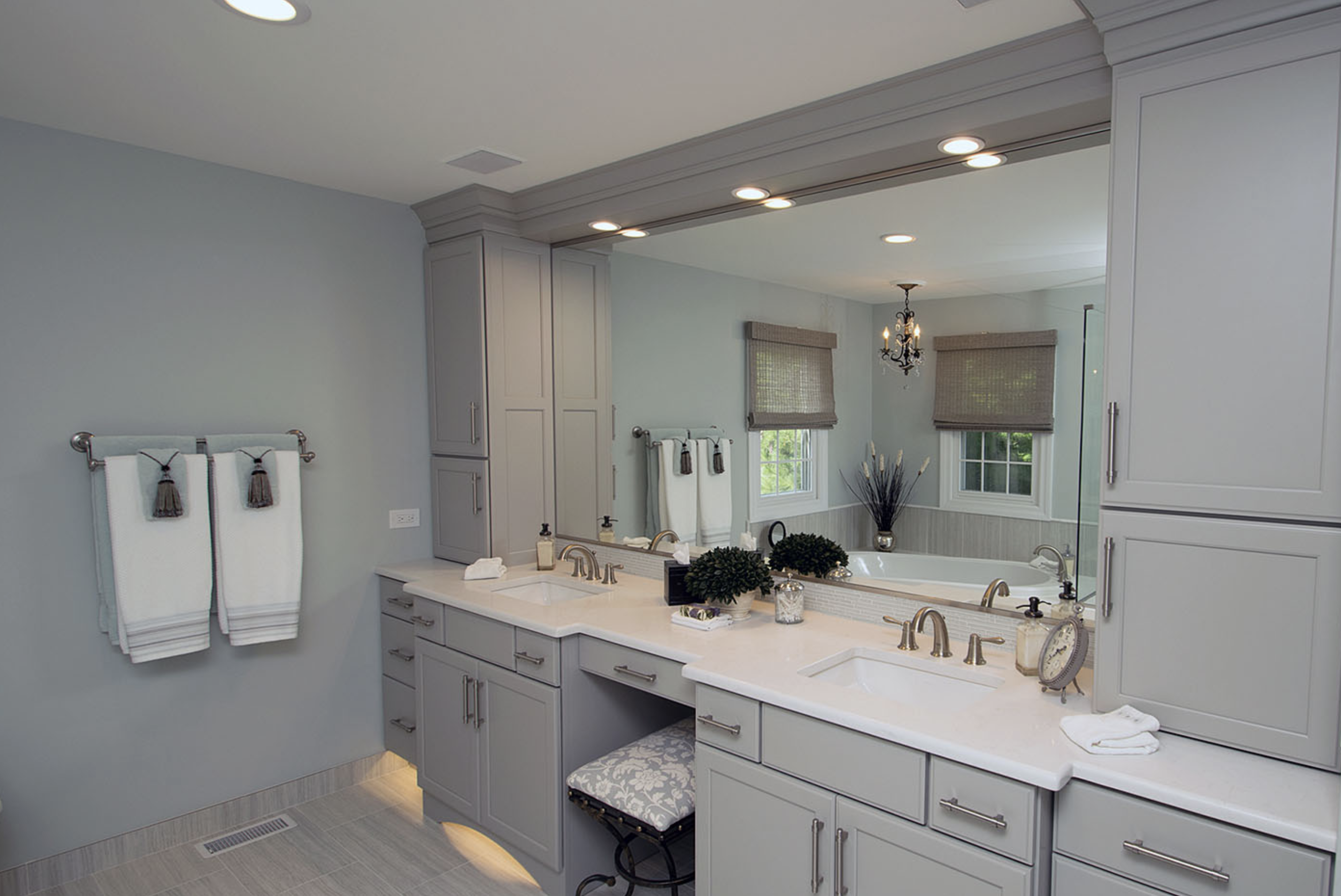 Laura H Glenview Master Bath After 4