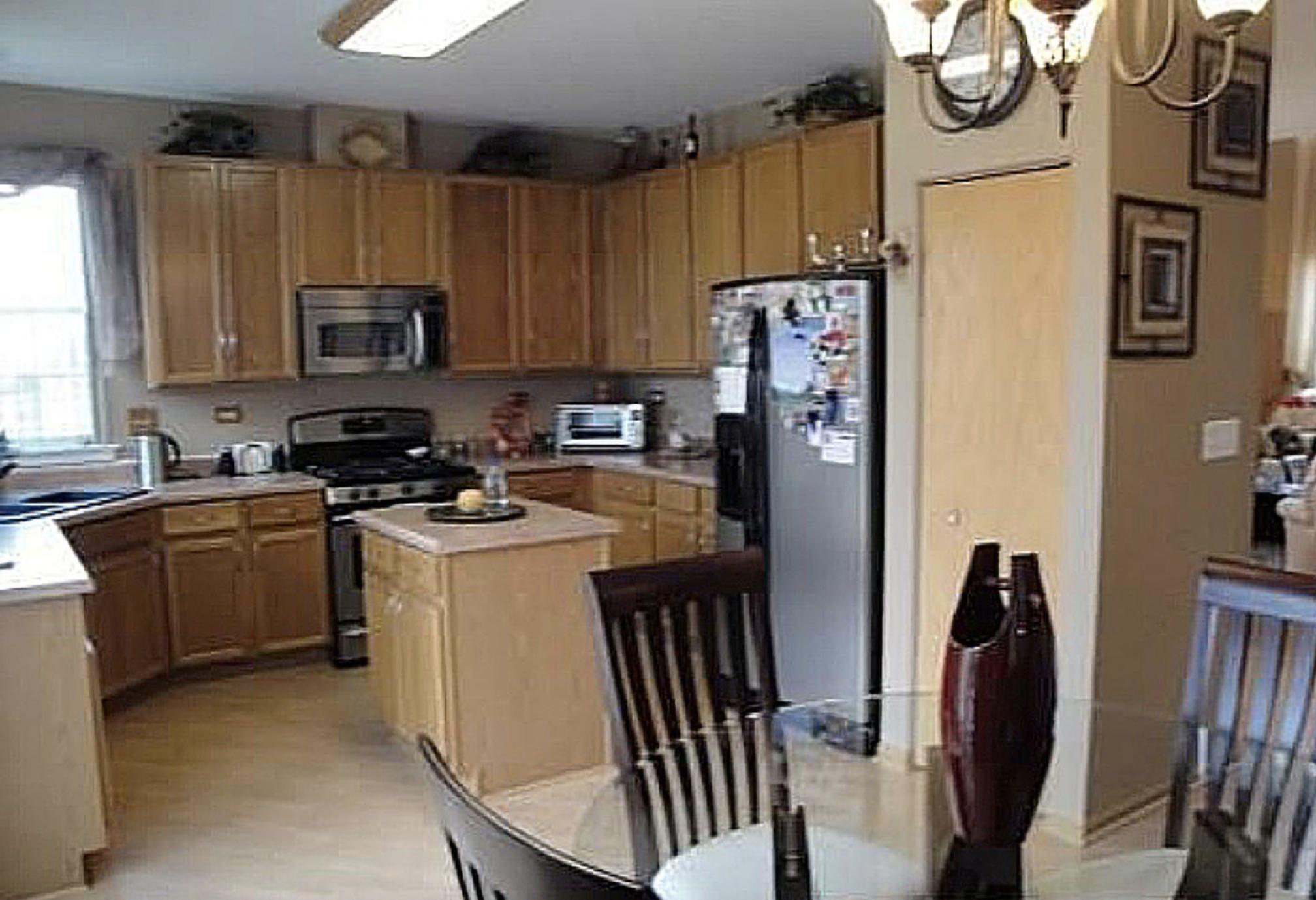 Violet H Wheeling Kitchen Before 1