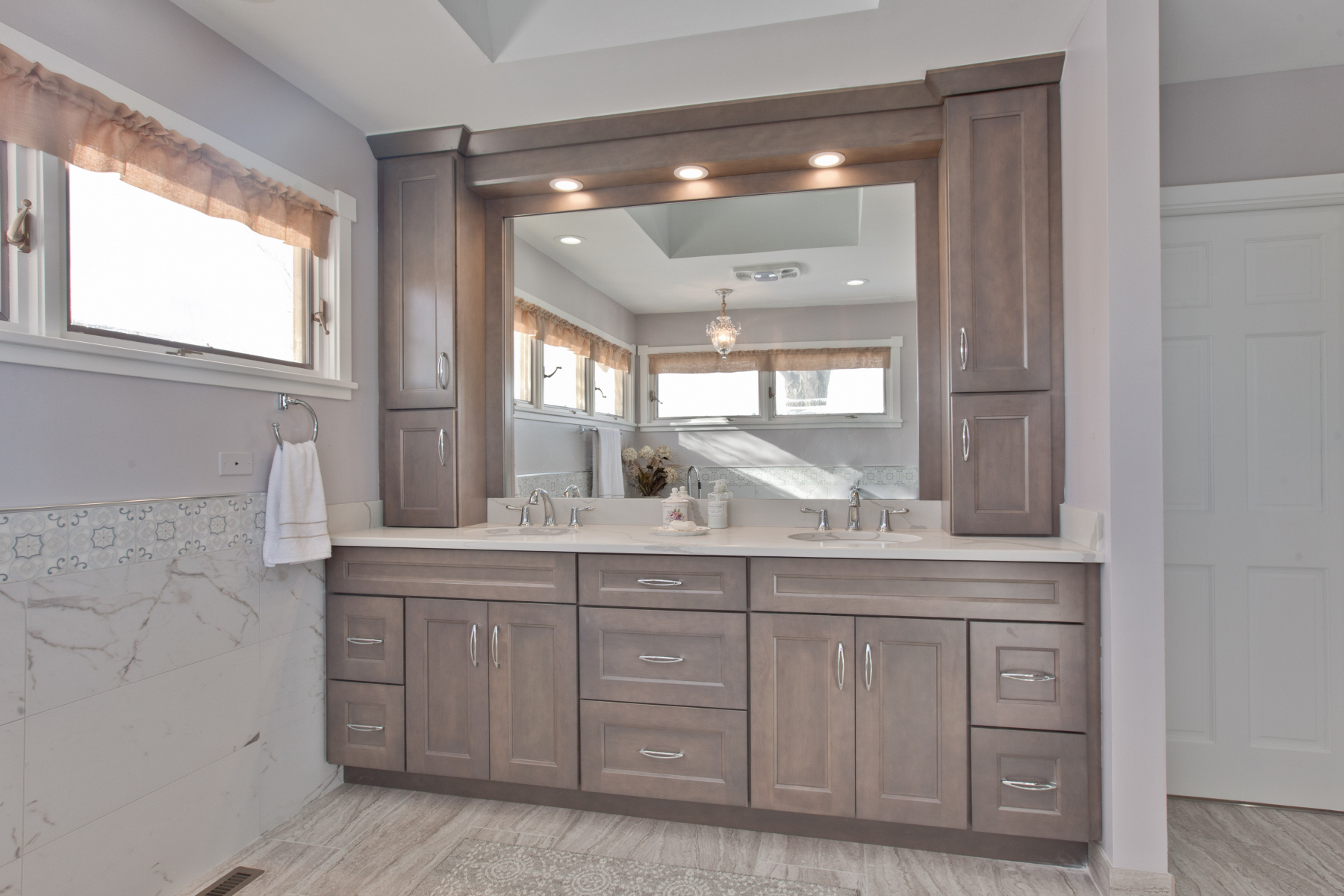 Maria Y Riverwoods Bathroom after 1
