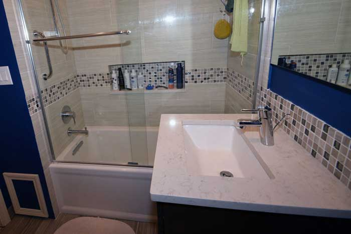 Chicago Bathroom Company Doing Rull Remodels